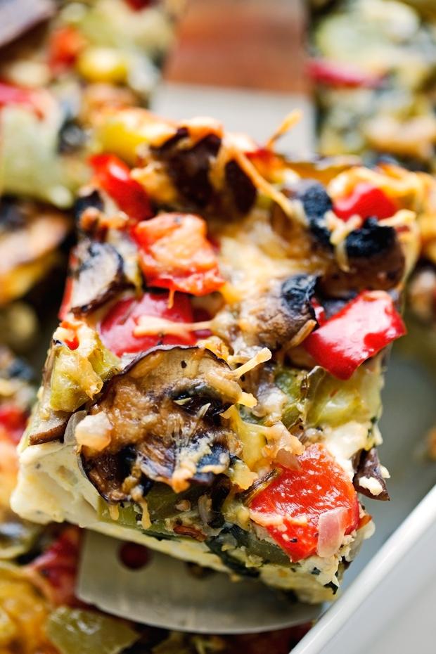 Breakfast for Dinner Ideas - Veggie Loaded Breakfast Casserole via Little Spice Jar | https://www.roseclearfield.com