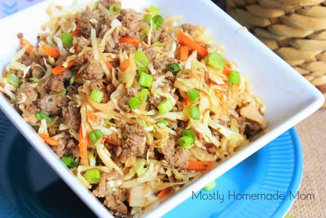 Back to School Healthy Lunches for Adults - Egg Roll in a Bowl via Mostly Homemade Mom   https://www.roseclearfield.com
