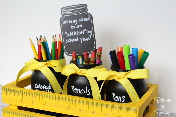 DIY Back to School Mason Jar Teacher Gifts - Mason Jar Pens and Pencils Holder Teacher Gift via Yesterday on Tuesday | https://www.roseclearfield.com