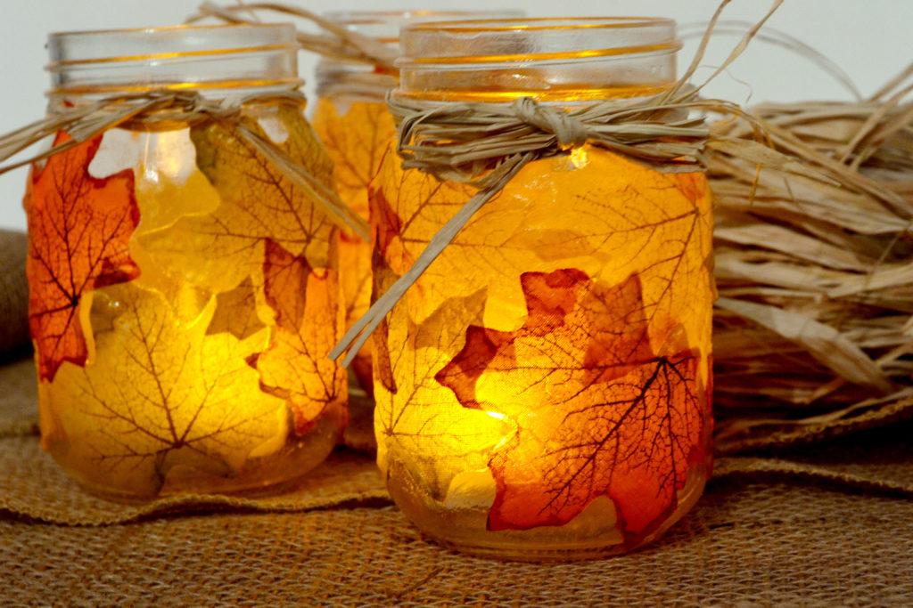 DIY Fall Mason Jar Decor - Autumn Leaf Mason Jar Candle Holder via Spark and Chemistry | https://www.roseclearfield.com