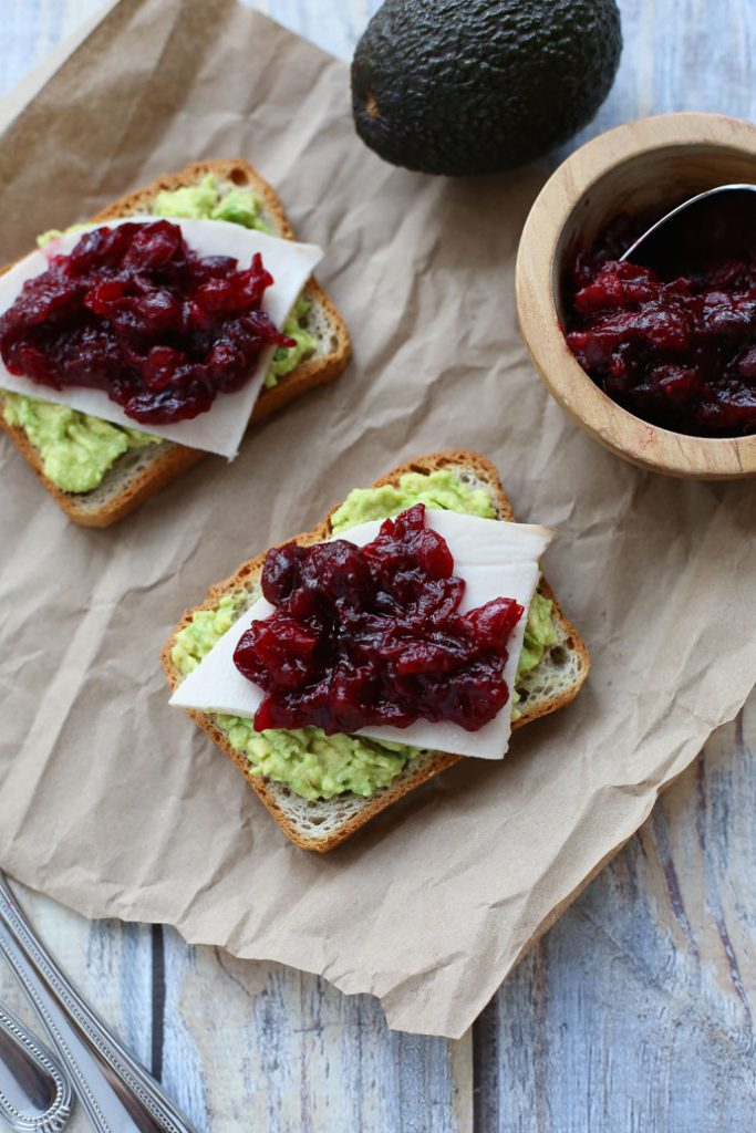 Fall and Winter Avocado Toast Recipes - Avocado Toast with Turkey and Cranberry Sauce via Seasonal Cravings   https://www.roseclearfield.com