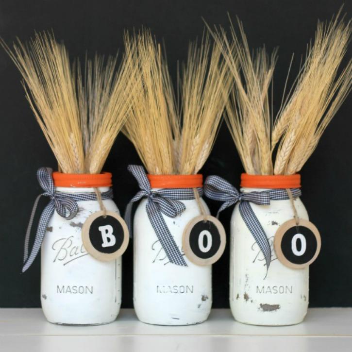 DIY Halloween Mason Jar Decor - Halloween Boo Mason Jars via View From the Fridge | https://www.roseclearfield.com