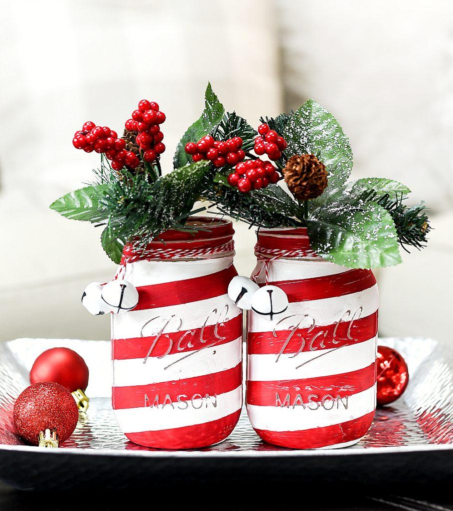 DIY Christmas Mason Jar Decor - Candy Cane Mason Jars via Mason Jar Crafts Love | https://www.roseclearfield.com