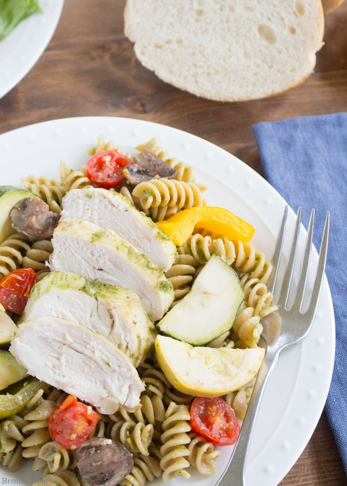 30 Days of Healthy Slow Cooker Dinner Recipes - Chicken Pesto Pasta Easy Crock Pot Recipe via Bren Did | https://www.roseclearfield.com