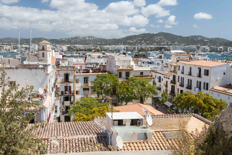 Mediterranean Cruise: Ibiza, Spain | https://www.roseclearfield.com