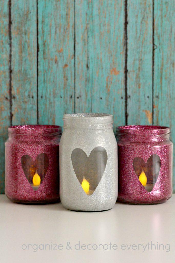 DIY Valentine's Day Mason Jar Decor - Glitter Heart Valentine's Day Mason Jars via Organize Your Stuff Now | https://www.roseclearfield.com