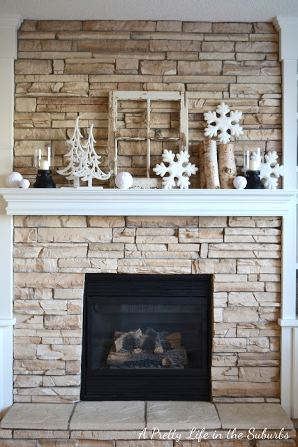 Post-Christmas Winter Mantel Inspiration - My Winter Mantel via A Pretty Life in the Suburbs | https://www.roseclearfield.com
