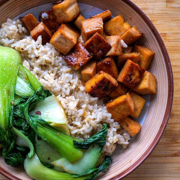 30 Healthy Dinner Recipes for Two - Maple Glazed Tofu with Garlic Sautéed Bok Choy & Basmati Rice via Mealime | https://www.roseclearfield.com