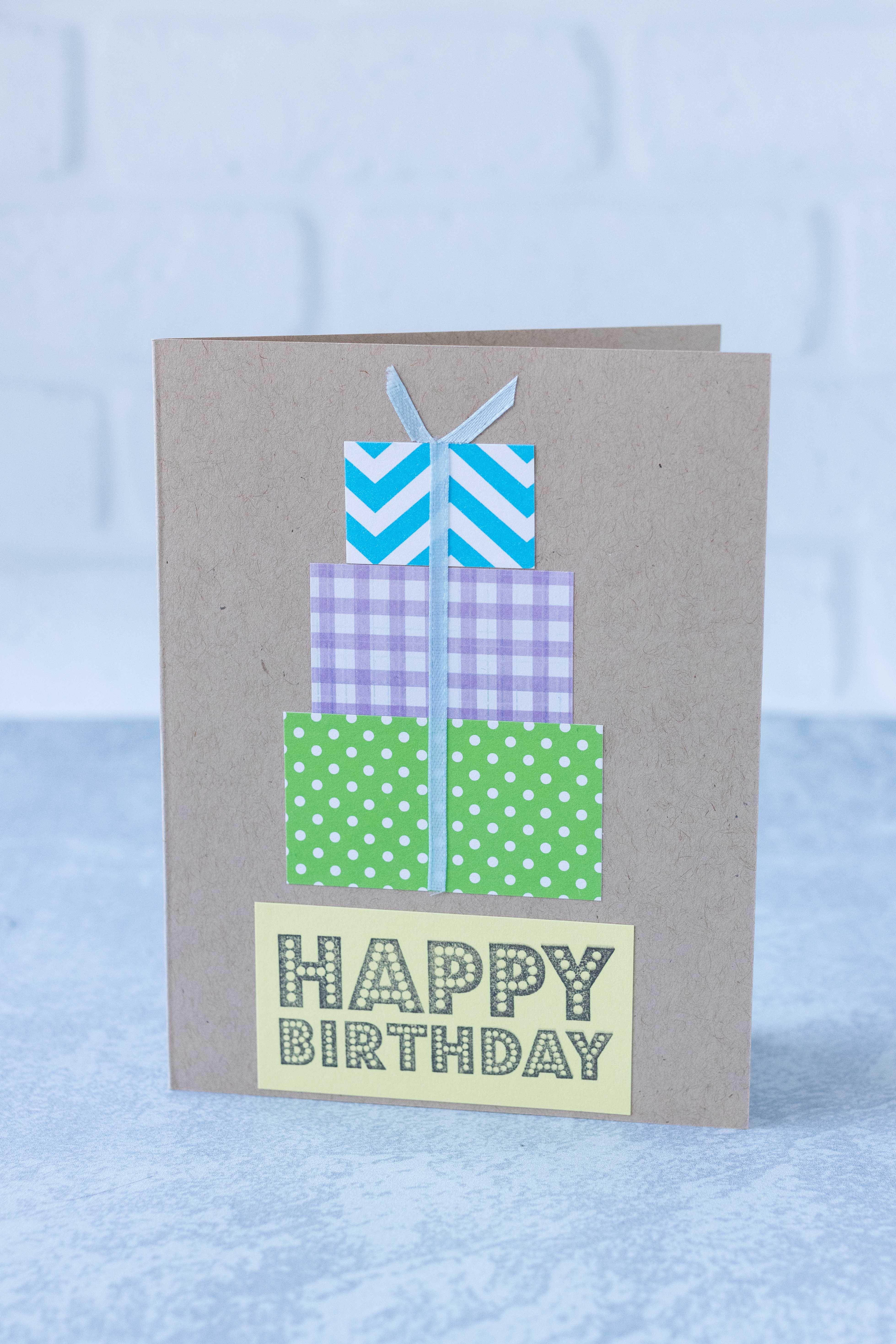 Handmade multicolored stacked presents birthday card @randomcreative #DIY #birthdaycard #handmadecardidea | https://www.roseclearfield.com