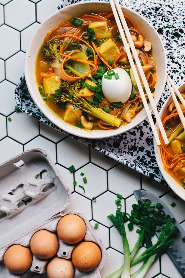 30 Healthy Ramen Noodle Recipes - Carrot Noodle Vegetarian Ramen via Brewing Happiness | https://www.roseclearfield.com