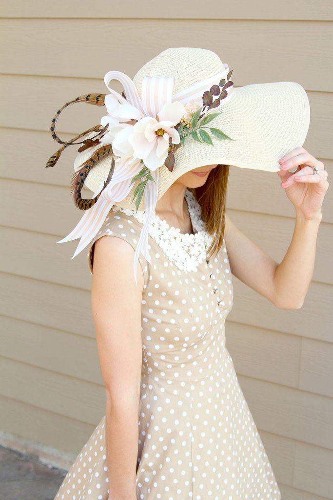 Decorating floral hats is a fun activity for a floral themed shower. Tutorial by Southern Girl Weddings via Afloral. #DerbyDay #floralhat #DIYhat | https://www.roseclearfield.com