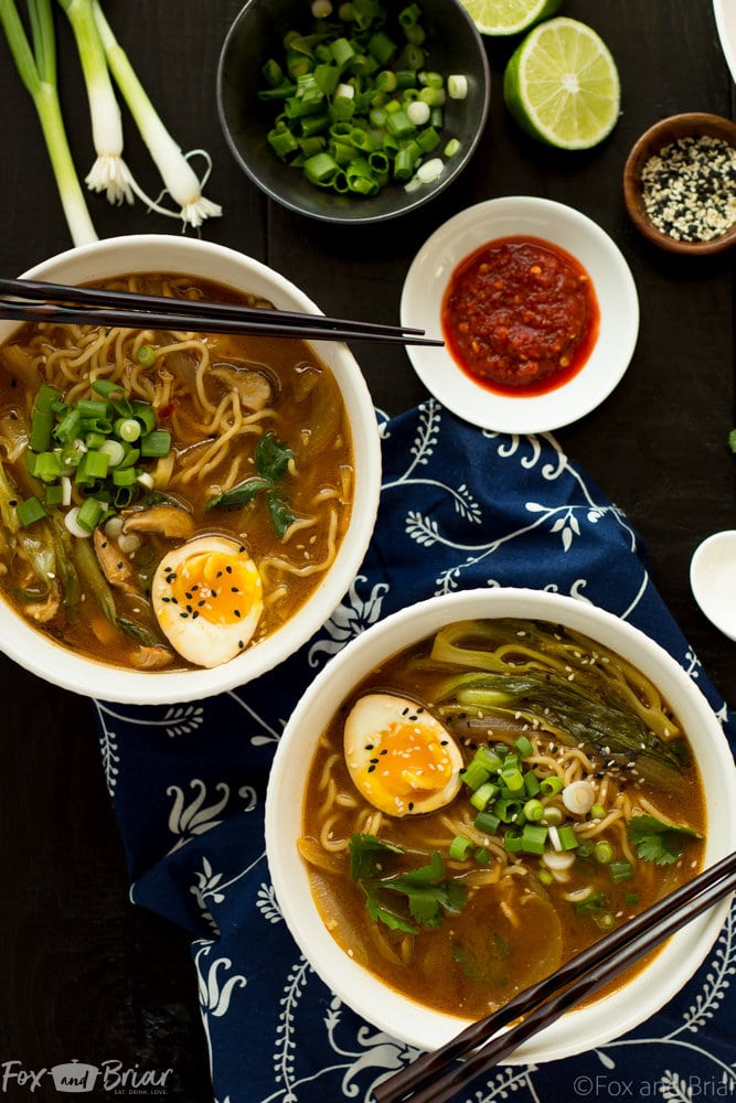 30 Healthy Ramen Noodle Recipes - Easy Chicken Ramen via Fox and Briar | https://www.roseclearfield.com