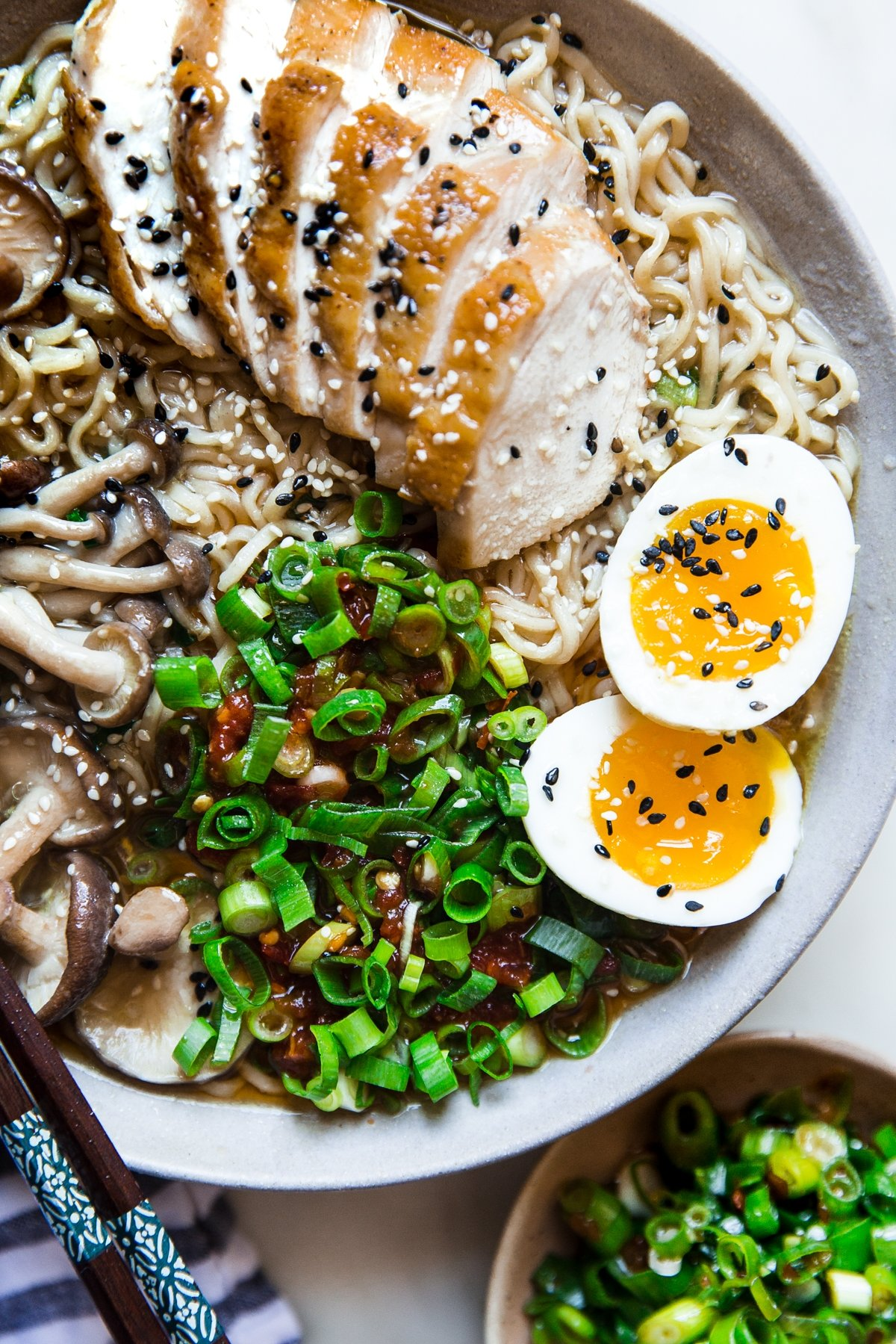 30 Healthy Ramen Noodle Recipes - Easy Chicken Ramen Soup via The Modern Proper | https://www.roseclearfield.com