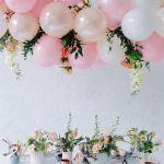 Stunning floral baby shower balloon and flowers display over elegant table settings via lieschen_de on Instagram. #babyshower #floralshower #springshowerinspiration | https://www.roseclearfield.com
