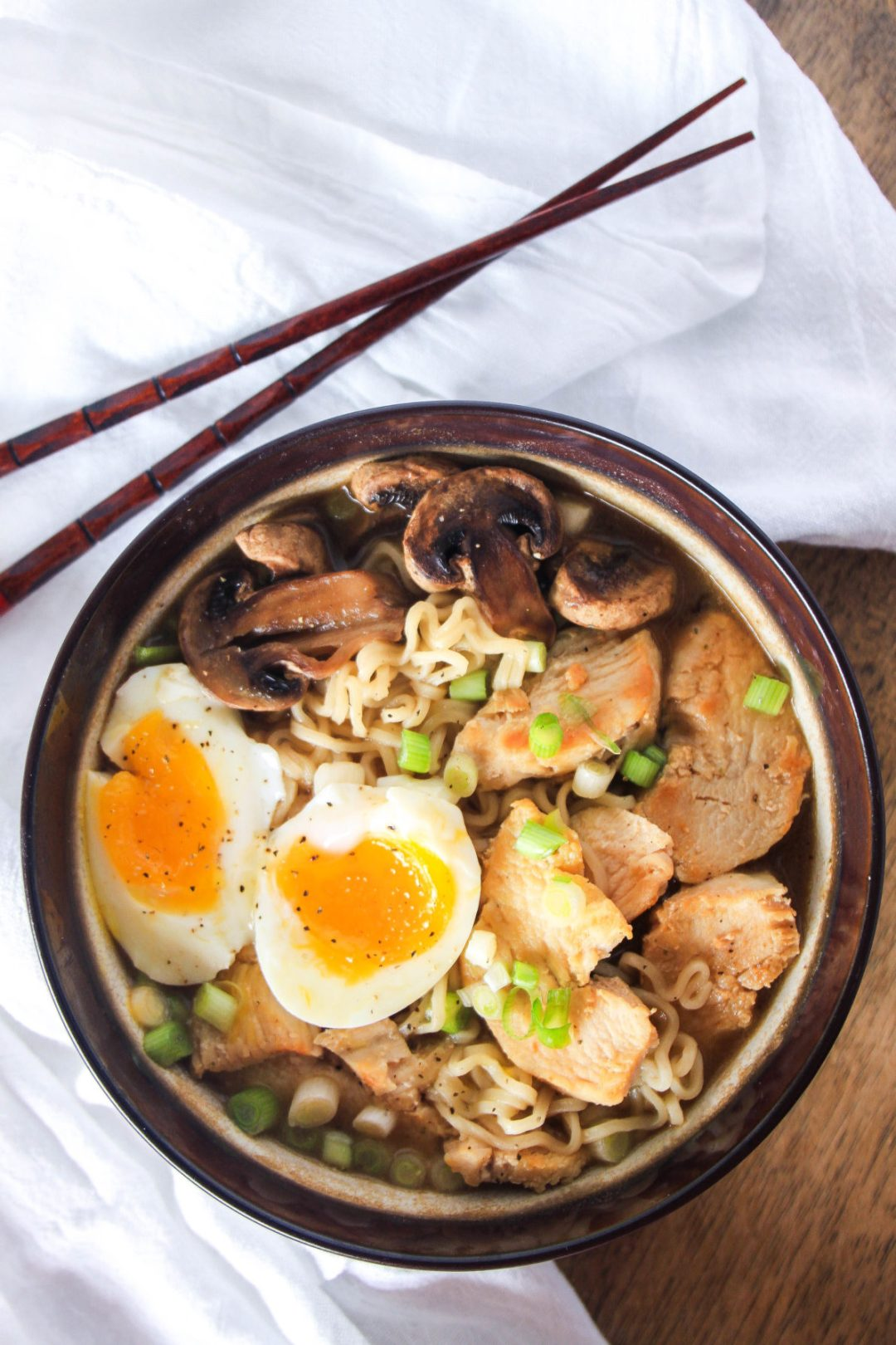 30 Healthy Ramen Noodle Recipes - Japanese Ramen with Chicken via Wanderzest | https://www.roseclearfield.com