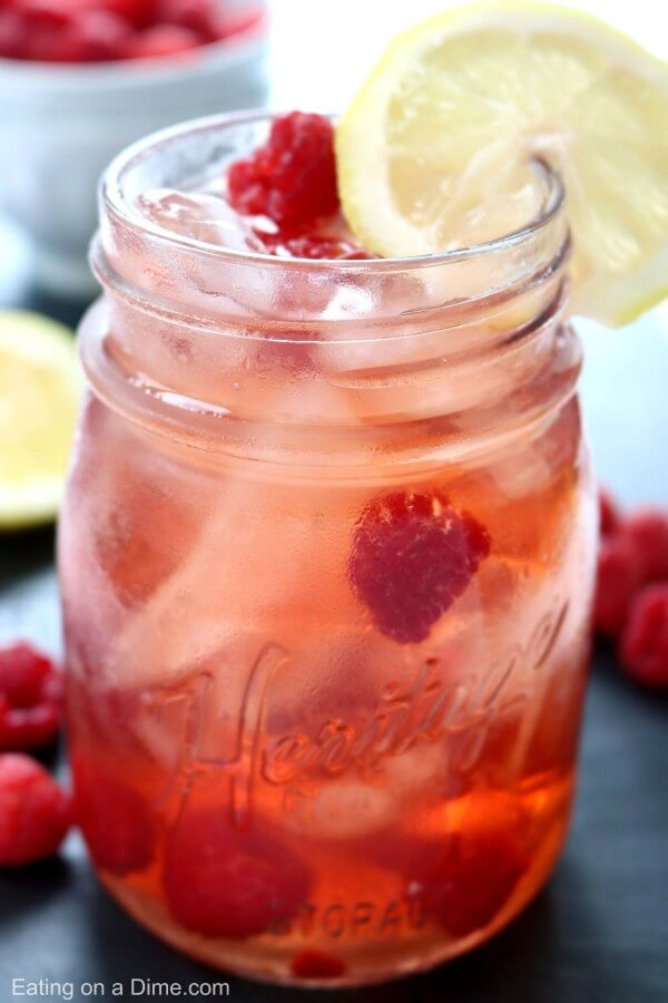 Non-alcoholic drink recipes for Easter: you can't go wrong with classic raspberry iced tea for an Easter brunch, via Eating on a Dime #icedtea #nonalcoholic #Easterbrunch   https://www.roseclearfield.com