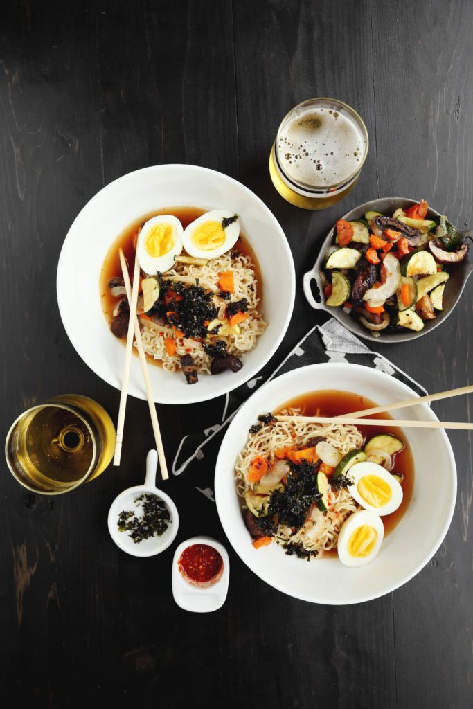 30 Healthy Ramen Noodle Recipes - Spicy Roasted Vegetable Ramen via Joy the Baker | https://www.roseclearfield.com