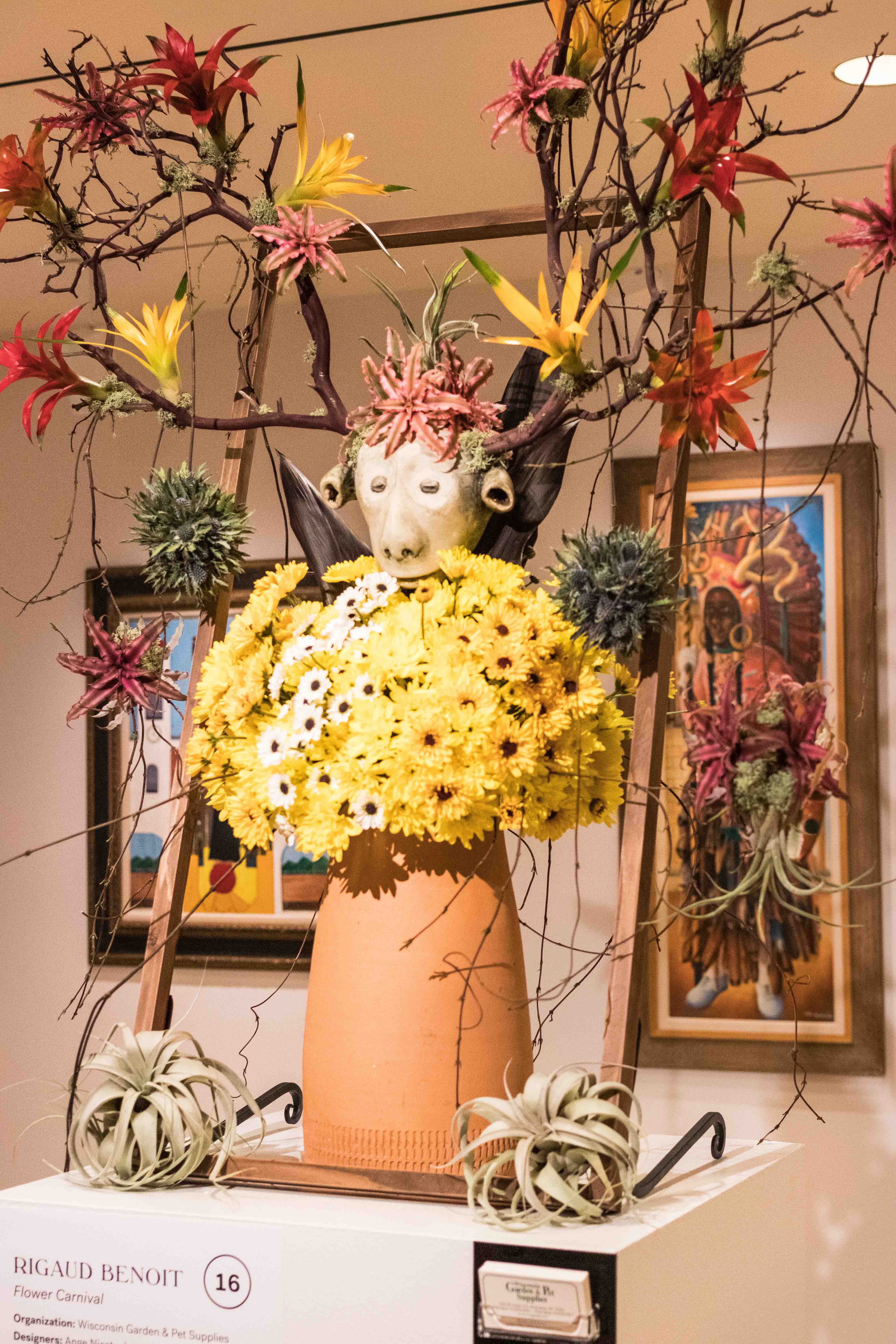Art in Bloom 2019 at the Milwaukee Art Museum, Milwaukee, WI #ArtinBloom #floralshow #MilwaukeeArtMuseum | https://www.roseclearfield.com
