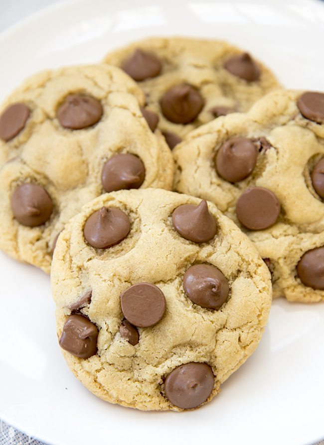Chocolate chip cookies for two. The perfect small indulgence! via Like Mother Like Daughter #chocolatechipcookies #smallbatchcookies #dessertfortwo | https://www.roseclearfield.com