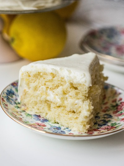 The most adorable mini lemon layer cake for two via Keep It Sweet Desserts. A great date night idea! #minilayercake #lemoncake #datenight | https://www.roseclearfield.com