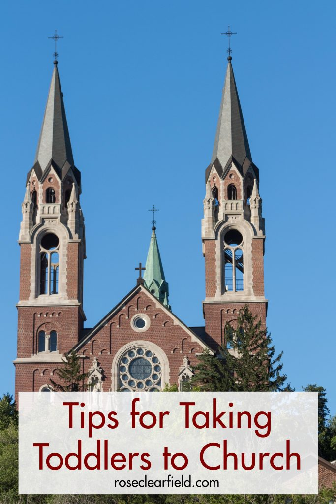 Tips for Taking Toddlers to Church. Help the worship experience to go smoothly for everyone, creating meaningful, stress-free, faith-filled family time. #toddlersinchurch #churchtips #takingtoddlerstochurch #toddlerlife | https://www.roseclearfield.com