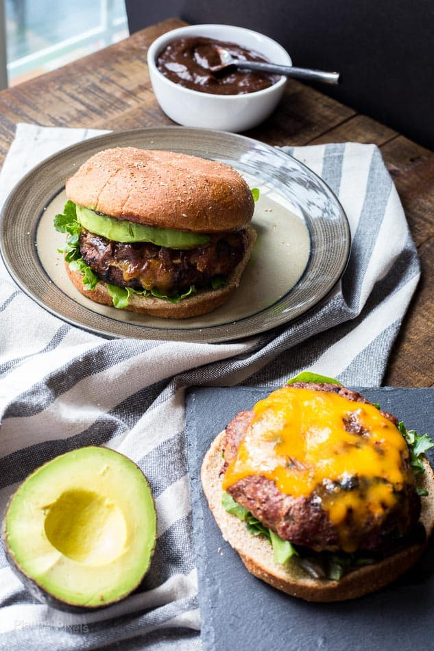 Ultimate honey barbecue bacon burger via Plating Pixels. There's nothing like a barbecue bacon burger straight off the grill! #barbecue #baconburger #grilling   https://www.roseclearfield.com