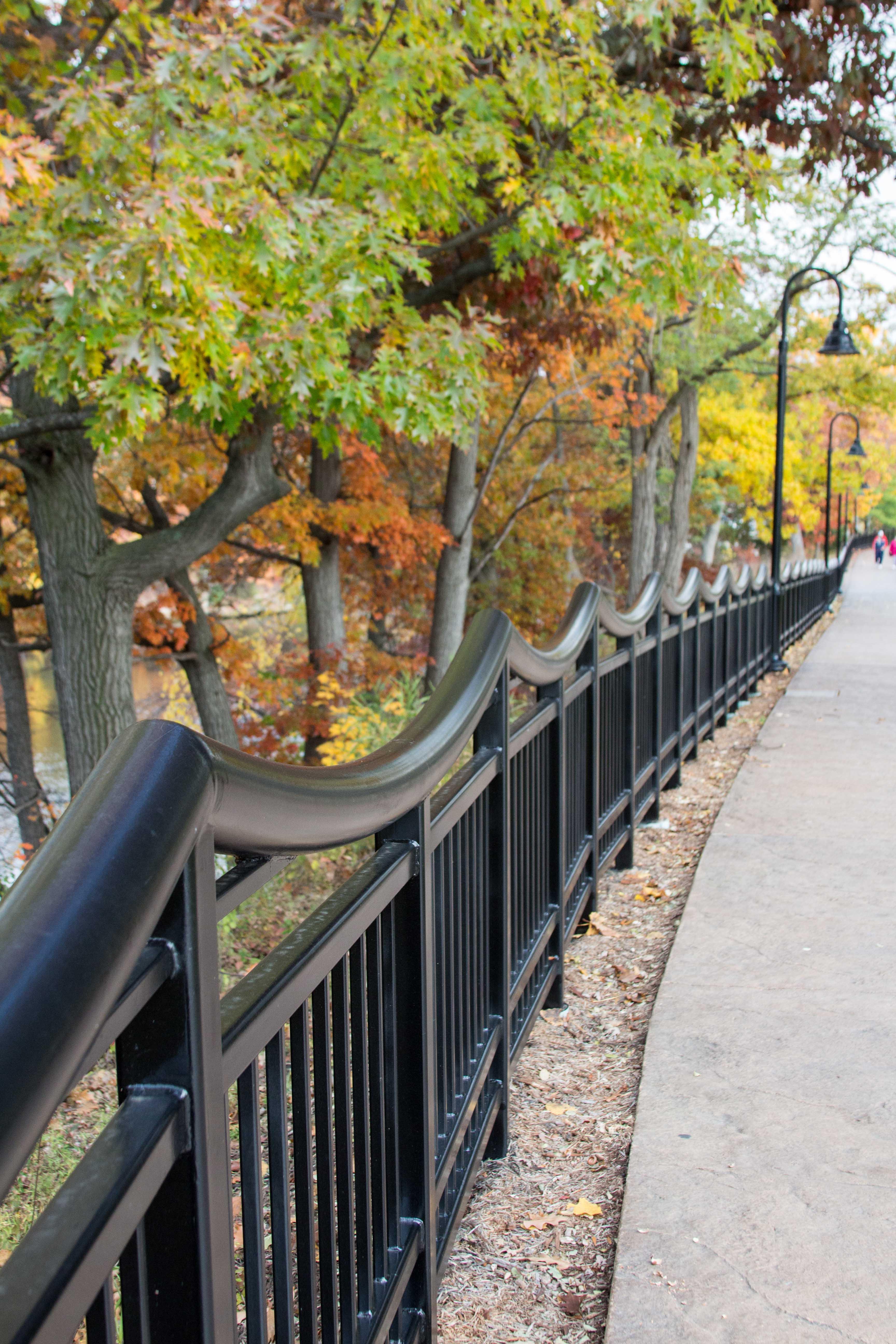 Wisconsin Dells Scenic Riverwalk