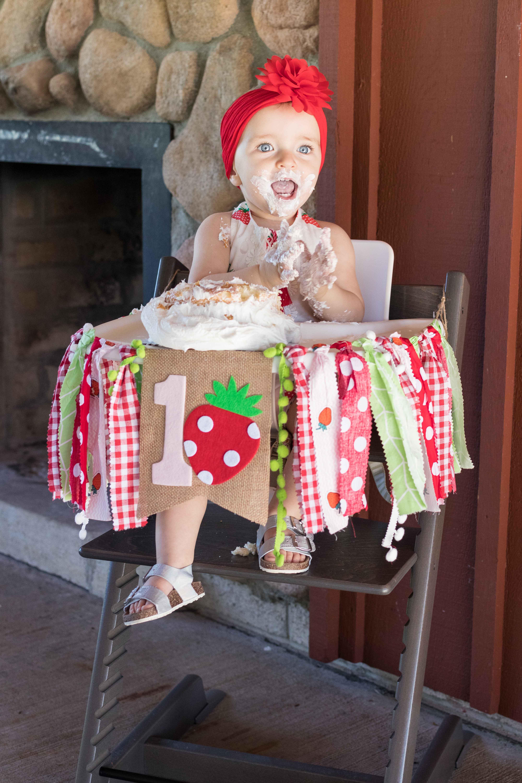 Brookelynn Smash Cake