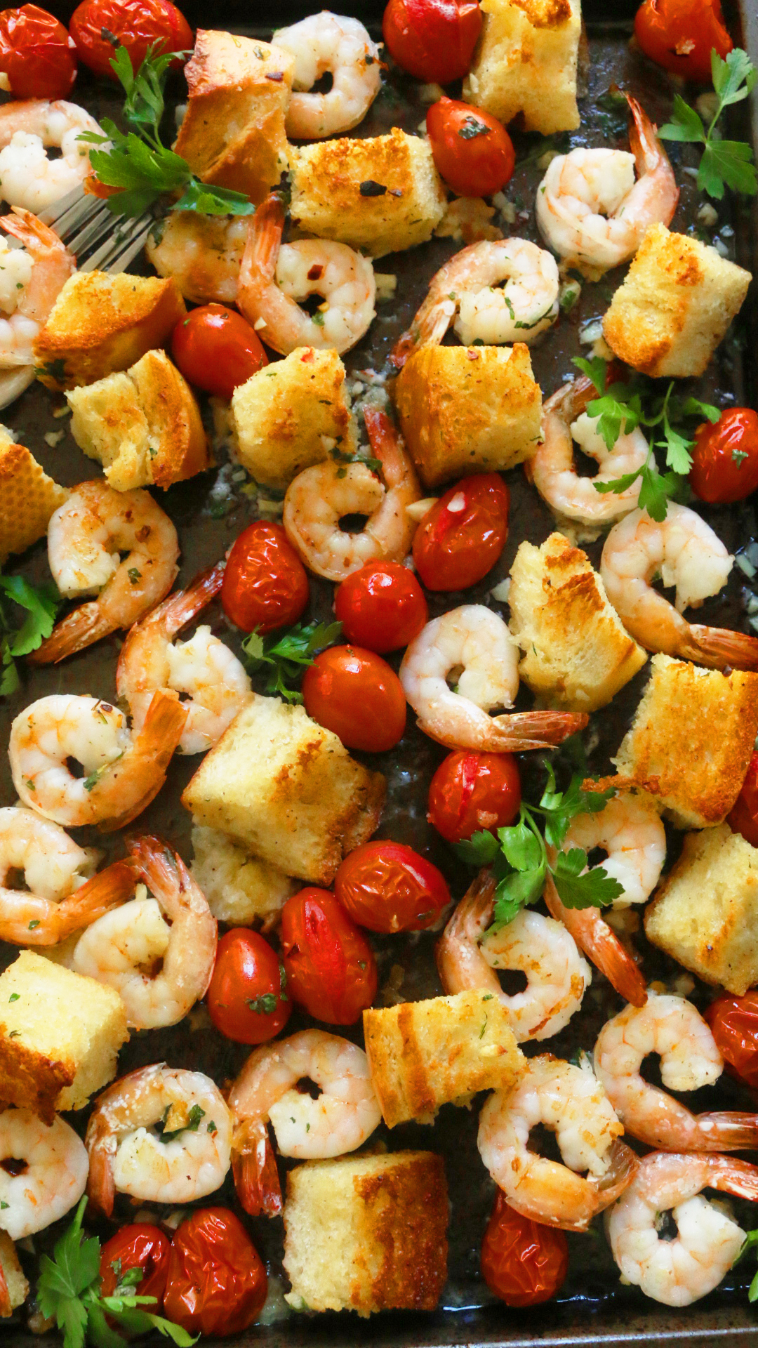Garlic Bread and Shrimp Sheet Pan Dinner