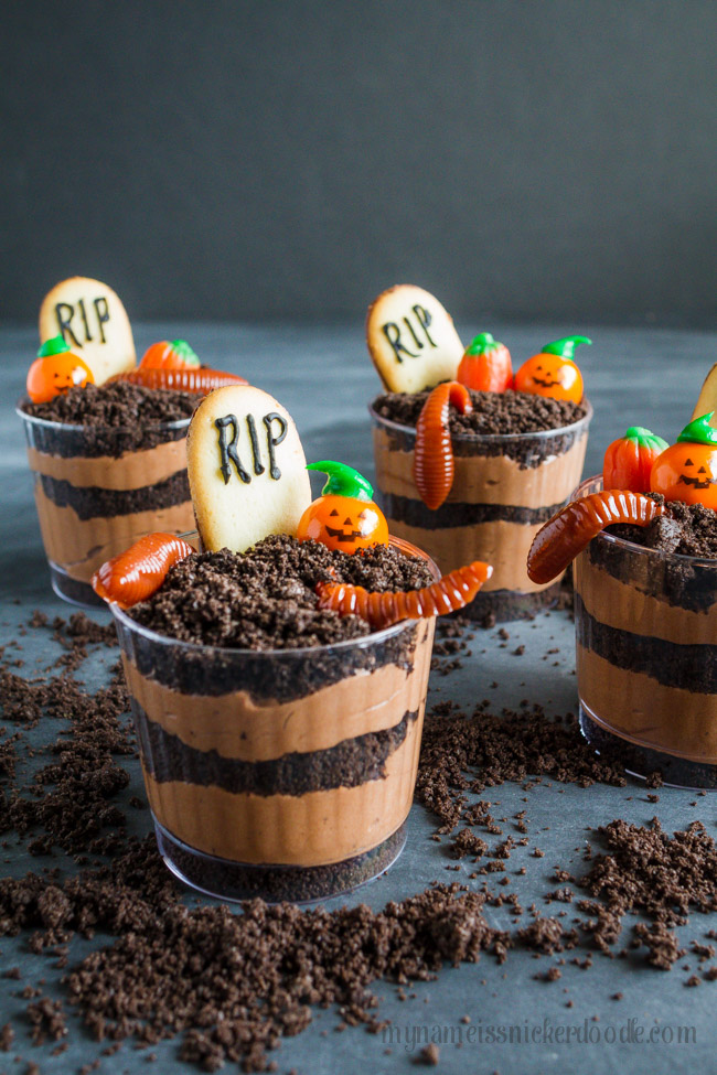 Graveyard Pudding Cookie Dirt Cups My Name is Snickerdoodle