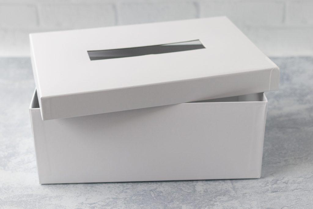 Plain Valentine Card Box