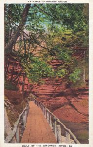 Vintage Postcard Wisconsin Dells Entrance to Witches Gulch