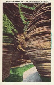 Vintage Postcard Wisconsin Dells Fat Man's Misery Cold Water Canyon