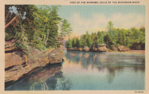 Vintage Postcard Wisconsin Dells Foot of the Narrows
