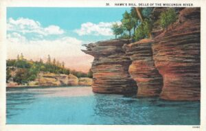 Vintage Postcard Wisconsin Dells Hawk's Bill