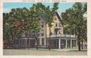 Vintage Postcard Wisconsin Dells Hotel Helland