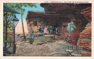 Vintage Postcard Wisconsin Dells Luncheon Hall With Visitors