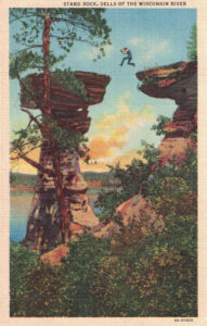Vintage Postcard Wisconsin Dells Stand Rock