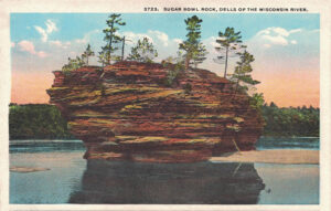 Vintage Postcard Wisconsin Dells Sugar Bowl Rock