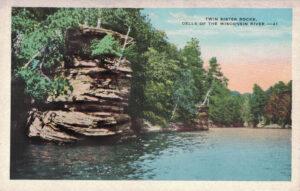 Vintage Postcard Wisconsin Dells Twin Sister Rocks